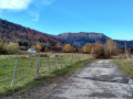 Vue sur le Jura depuis le chemin des petits Contes